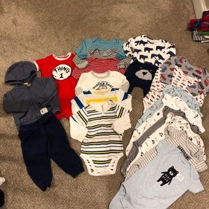 19 piece lot baby boy clothing size 12 months